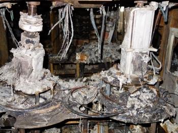 Ngành ô tô Nhật lao đao sau vụ cháy nhà máy sản xuất chip bán dẫn