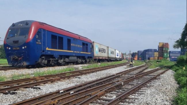 Lần đầu tiên tàu hỏa container Việt Nam chở hàng chạy thẳng sang châu Âu