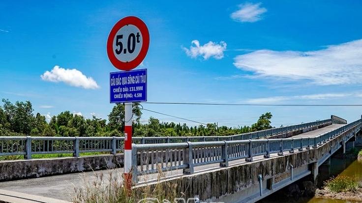 Cà Mau: Khám phá sông Cái Tàu