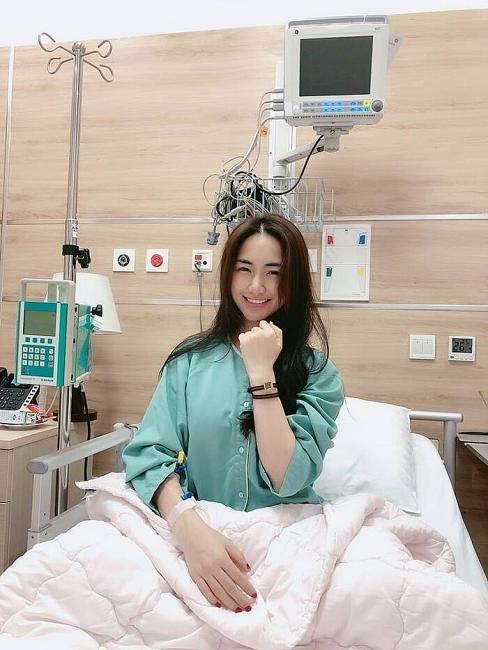 Hòa Minzy chia sẻ phải mổ ngực sau sinh khiến mọi người bất ngờ