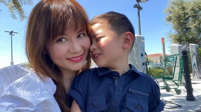 Vợ cũ Đan Trường đưa tiêu chí khắt khe khi tìm người cùng chăm sóc con trai
