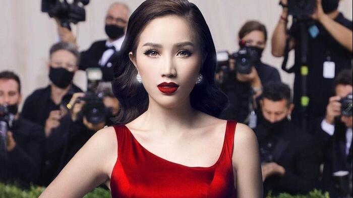 Fan 'hết hồn' khi thấy Bảo Thy xuất hiện trên thảm đỏ Met Gala, còn thay tù tì 3 bộ váy