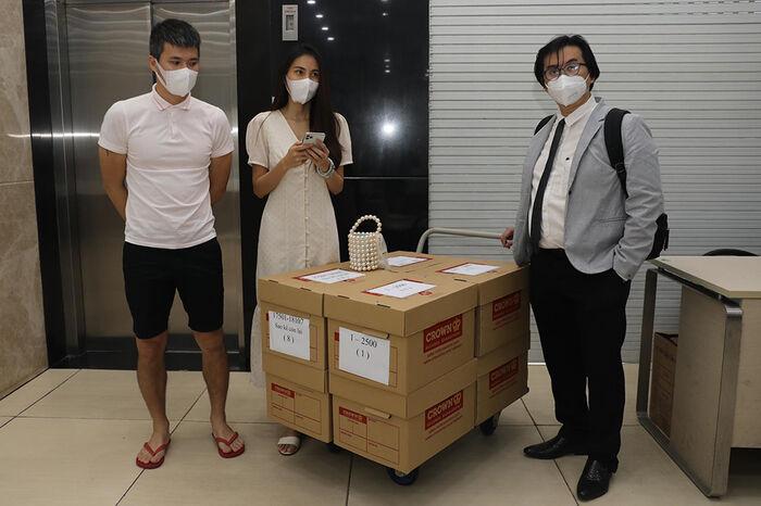 Phía Thủy Tiên chính thức lên tiếng về tin đồn nợ 17 tỷ nhưng trả xong sau đợt từ thiện miền Trung