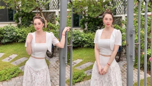 """Quỳnh Nga hóa """"nàng thơ"""" khi diện váy trắng tinh khôi"""
