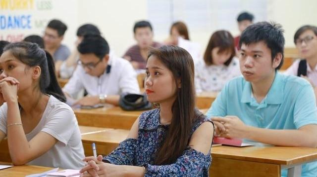 Sinh viên các tỉnh, thành có được quay trở lại TP.HCM học tập sau 1/10?