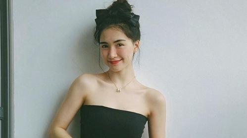 Hòa Minzy mặc đẹp với đồ hơn 100 nghìn đồng