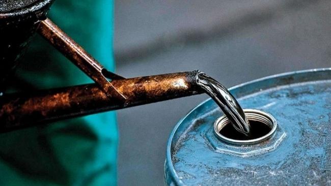 Giá xăng dầu hôm nay 21/10 tăng mạnh, dầu Brent lên 86 USD