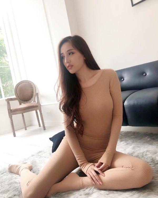 Không riêng gì Quỳnh Nga, những mỹ nhân này cũng diện đồ nude khiến fan lầm tưởng không mặc gì