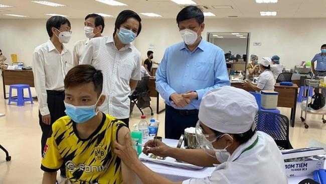 Bộ Y tế yêu cầu thực hiện nghiêm việc tiêm chủng vaccine phòng Covid-19