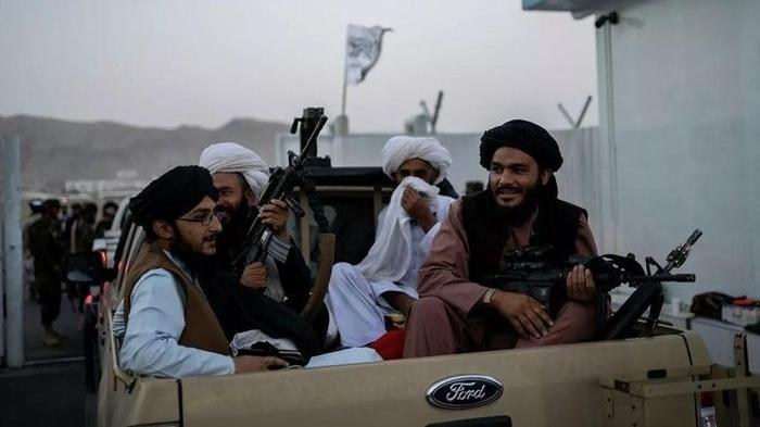 Taliban ban hành lệnh cấm người dân Afghanistan cạo râu
