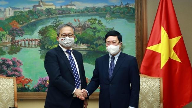 Phó Thủ tướng Thường trực Phạm Bình Minh tiếp Đại sứ Nhật Bản