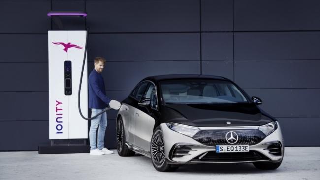 Mercedes sẽ sớm loại bỏ động cơ đốt trong