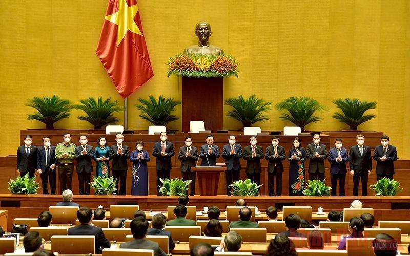 Quốc hội bầu 4 Phó Chủ tịch và 13 ủy viên Ủy ban Thường vụ Quốc hội khóa XV