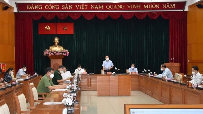 Từ ngày 26/7, người dân TP Hồ Chí Minh không ra đường từ 18 giờ đến 6 giờ sáng
