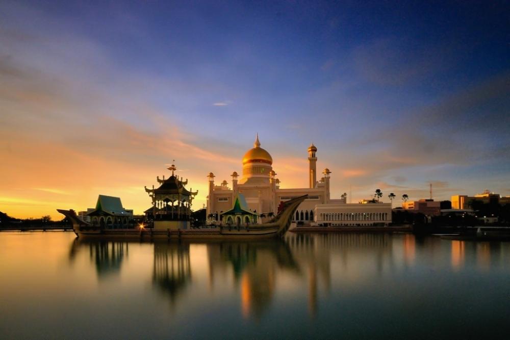 Ghé thăm vương quốc dầu mỏ Brunei