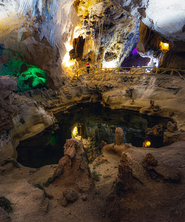 Lạng Sơn: Vẻ đẹp kỳ ảo của động Tam Thanh