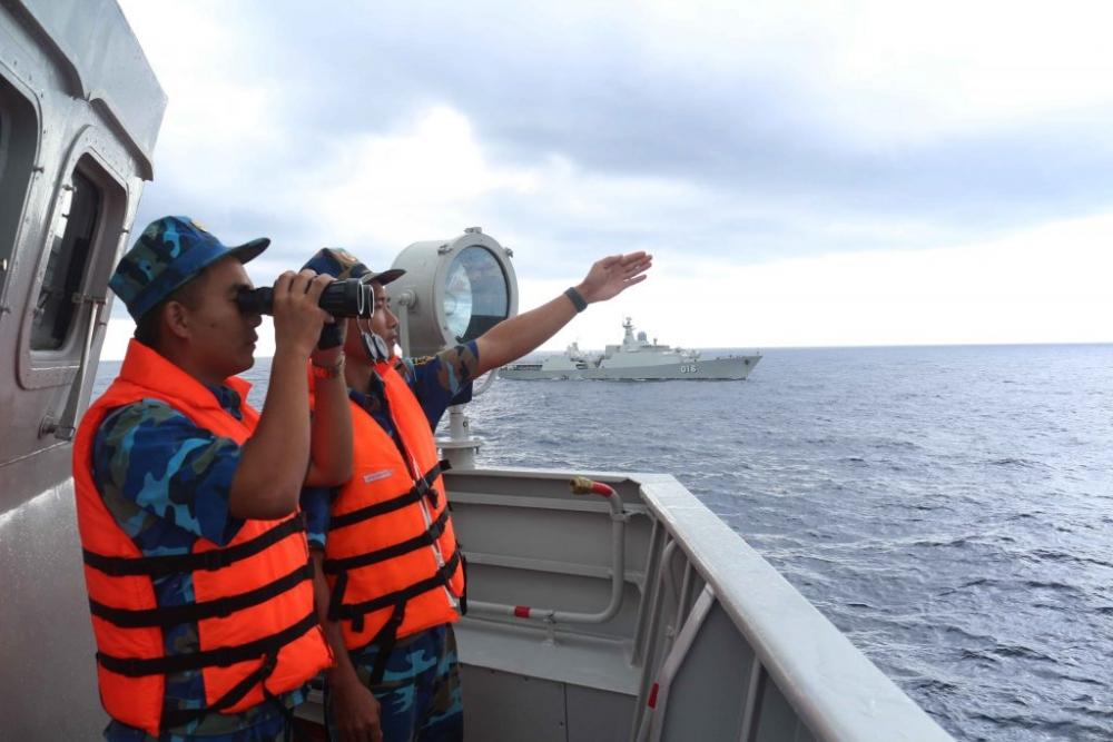 Vững mạnh về chính trị là nền tảng xây dựng Lữ đoàn 162 chính quy, hiện đại, bảo vệ vững chắc chủ quyền biển đảo Tổ quốc.